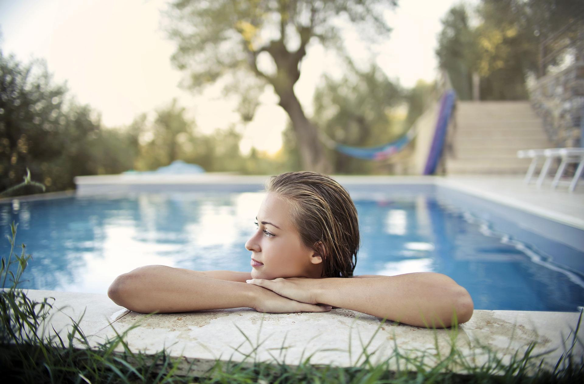 Bazén (4)