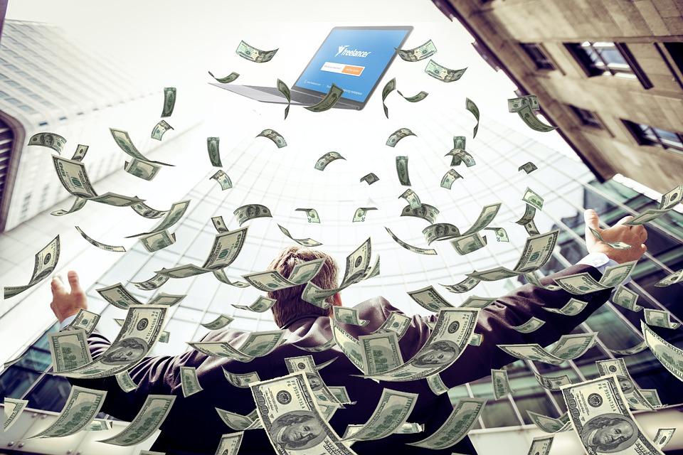 poletující peníze